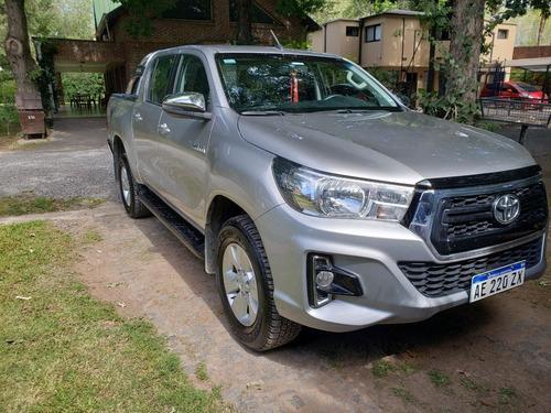 Toyota Hilux Srv 4x2 D/c 2.8
