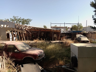 Terreno Con Casa Para Construir, Con Acceso A La Autopista Del Sol.