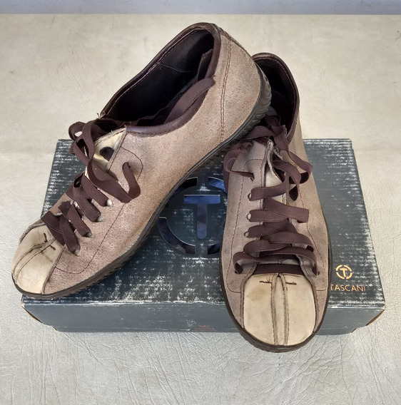 Vendo Zapatillas Tascani Hombre(núm: 41 Grande )($2500)