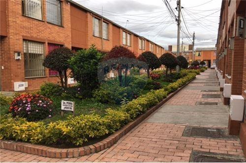 Casa En Venta En Bogota Compartir-suba