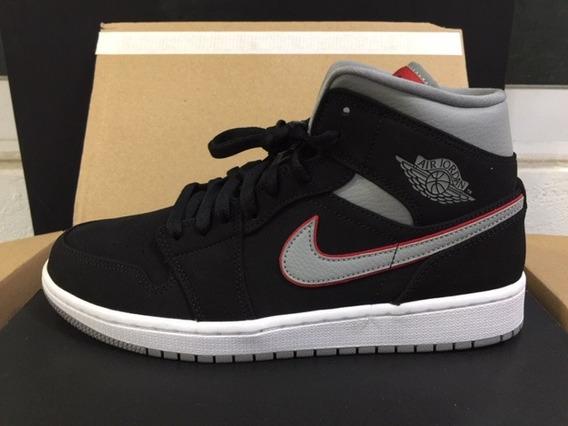 Tenis Nike Air Jordan Retro 1 Mid