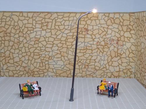 Imagen 1 de 5 de Nico 2 Farolas D Avenida De Metal 110 Mm Con Led H0 (eih 98)