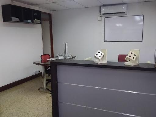 Oficinas En Arriendo Laureles 622-13005