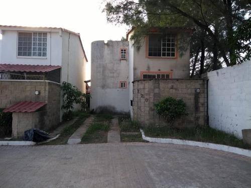 Casa Sola En Venta Residencial Real Campestre