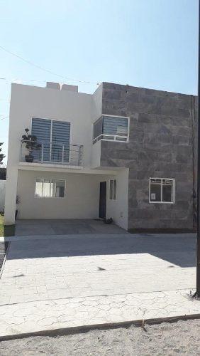 Casa En Condominio En Venta En Santa María, San Mateo Atenco, México