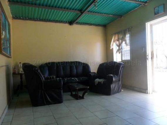 04146954944 Cod-20-25096 Casa En Venta Centro De Coro