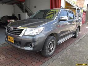 Toyota Hilux Mt 2700cc 4x2