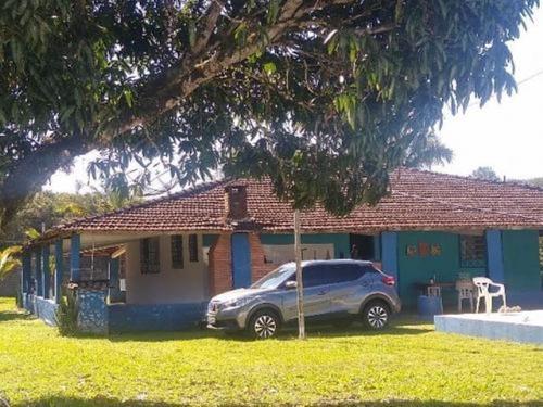 Chácara No Litoral Com 3 Dormitórios Em Itanhaém 3642-pc