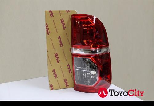 Faro Trasero Para Toyota Hilux 2012/2015 Tyc