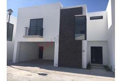 Venta Casa Nueva En Fraccionamiento Cerrado Arrayanes, En Gòmez Palacio, Dgo.