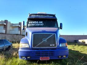 Caminhão Volvo Nh12 4x2t 2002 - Azul - Globetrotter