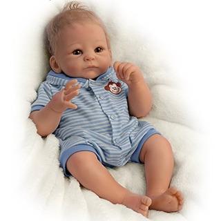 Muñeco Bebé Benjamín Con Vestido Azul