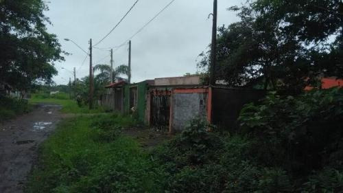 Terreno No Litoral Com 339 M², Em Itanhaém/sp 5069-pc