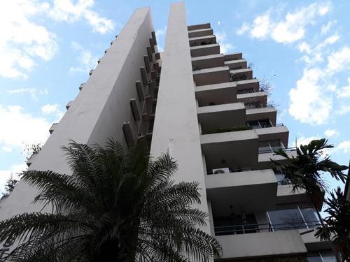 Venta De Apartamento En Ph Asturias, El Cangrejo 18-2176