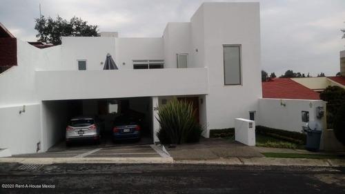 Casa En Renta En Club De Golf Chiluca, Atizapan De Zaragoza, Rah-mx-20-2383