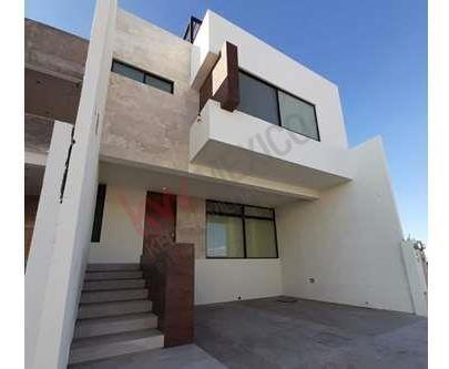 Excelente Casa En Villa Magna/ Casa / Villa Magna / Casa En Venta / Excelente Vista / Lamudi / Vivanuncios / Icasas / Inmuebles 24 / Mitula.