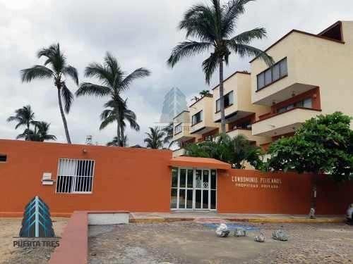 Penthouse Frente A Playa En Condominio Pelicanos