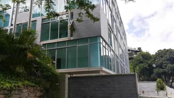 Apartamento En Lomas De Las Mercedes #19-2028