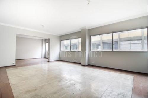4 Dormitórios (sendo 2 Suítes) - 2 Vagas - Cerqueira César - Cf27539