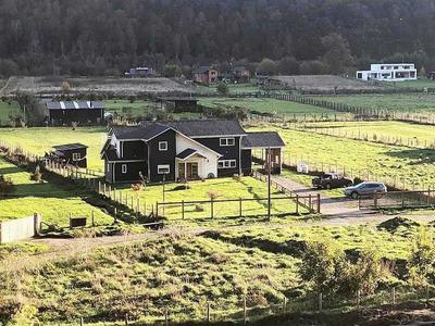 Casa Con Parcela En Sector Exclusivo En Altos De Quitacalzon