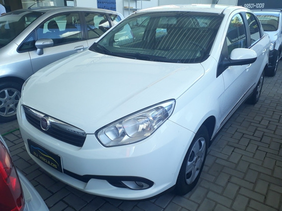 Fiat Grand Siena 1.6 16v Essence Flex 4p 2016