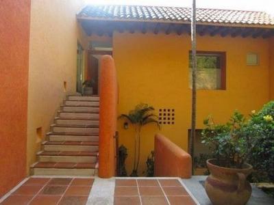 Casa Duplex En Renta En Un Solo Nivel, En Los Limoneros