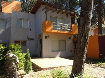 Modernas Casas Avelina En Mar Azul A 500 Mts De La Playa