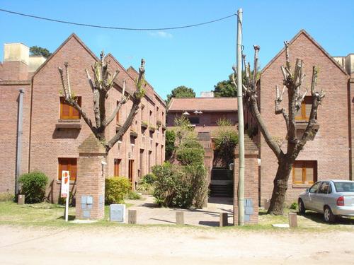 Imagen 1 de 25 de Duplex En Venta En Pinamar-4 Ambientes-2 Dorm-2 Baños-patio Parrilla