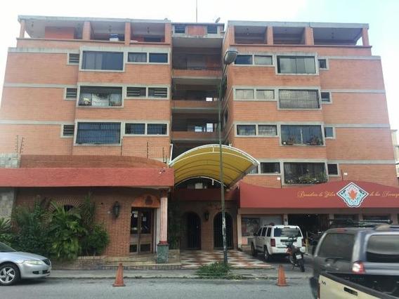 Apartamentos En Venta Mls #19-19794 Yb