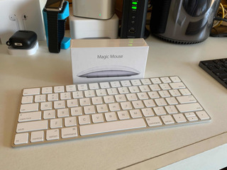 Combo Apple Magic Mouse 2 Y Teclado 2