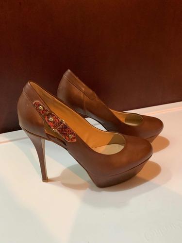 e40b80fd Zapatos Para Mujer Marca Guess - Zapatos Marrón en Mercado Libre México