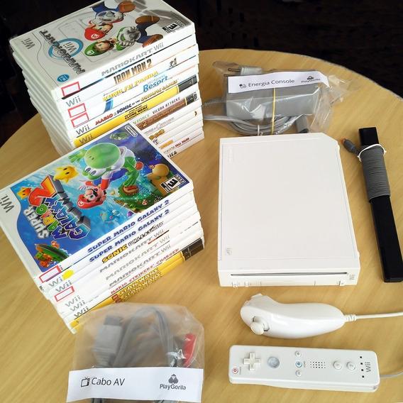 Nintendo Wii Com Wii Remote + Nunchuck + 3 Jogos Originais