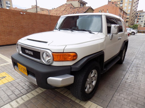 Toyota Fj Cruiser 4.0 V6 At 4.000cc 5p 4x4