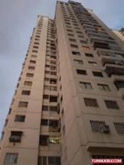 Ls Vende Apartamento La Candelaria 20-14505