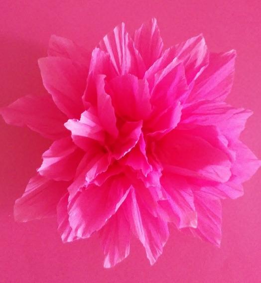 Flores De Papel Crepe Color 15cm Por 30 Unidades Con Gancho