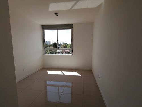 Apartamento En Alquiler Anual De 1 Dormitorio En Maldonado- Ref: 1413