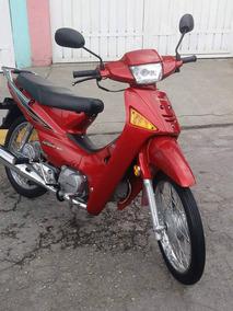 Motocicleta Usada Buen Estado Color Rojo