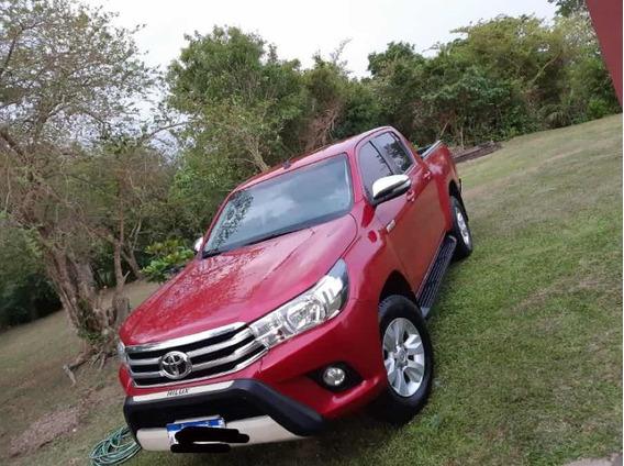 Toyota Hilux 2016 2.7 Cd Srv Vvti 4x2 Cuero - B4
