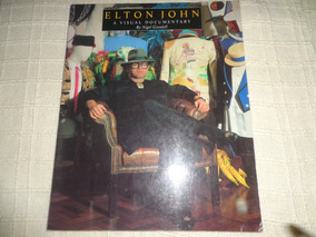 Livro Elton John - A Visual Documentary