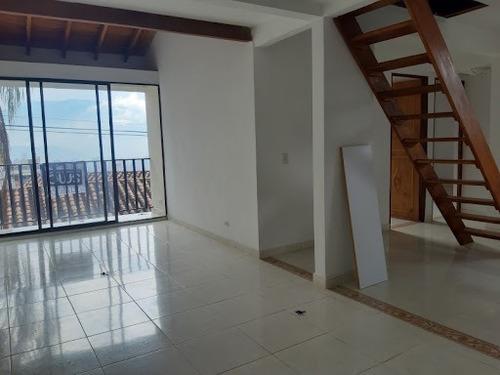 Imagen 1 de 8 de Apartamento En Arriendo Buenos Aires 622-17383