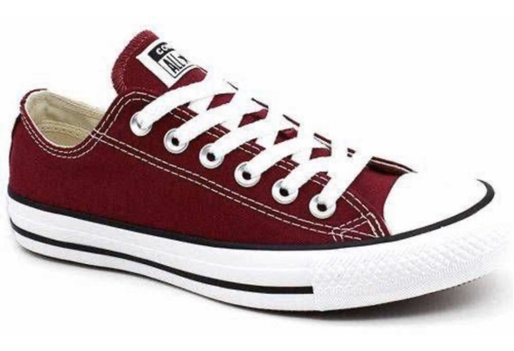 Tênis All Star Converse Bordô.