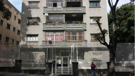 Apartamento En Venta Los Caobos Rah: 17-8766