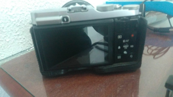Camera Fujifilm X-m1+ Lente50mm