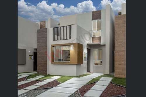 Casas En Venta, Ubicadas En El Desarrollo Habitacional Montebello