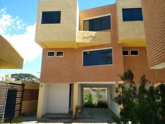 Townhouse Venta Manantial Codflex 19-3867 Marianela Marquez