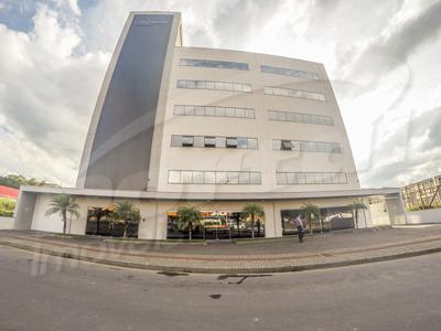 Sala Comercial Com Aproximadamente 650 M², No Bairro Itoupava Norte. - 3575886