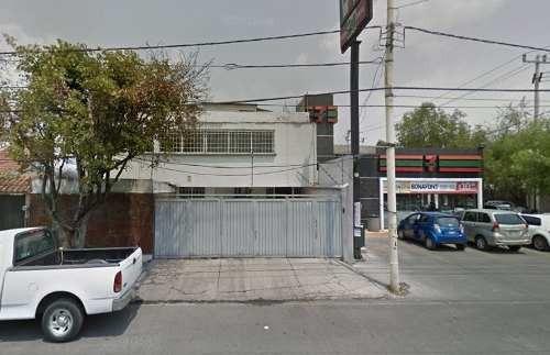 San Mateo: Casa Con Uso De Suelo Comercial Sobre Avenida Principal.