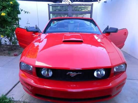 Ford Mustang Convertible Impecable