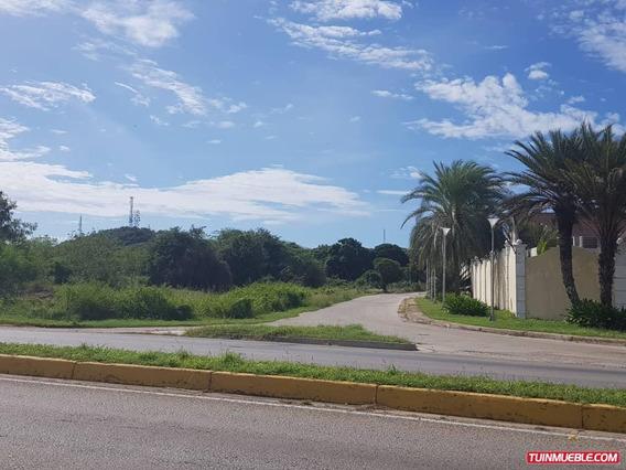 Terrenos Multifamiliar-comercial Via Sambil En Venta