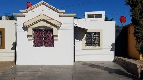 Se Vende Casa En Col. Los Laureles